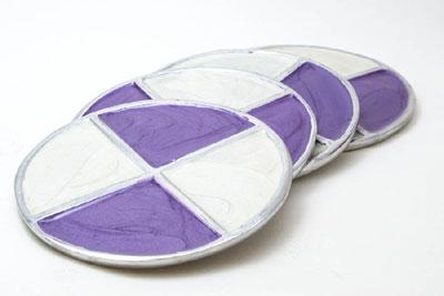 Cream-n-Lavender Round Aluminium Coaster (Set of 4 pc)