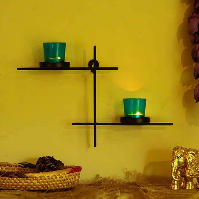 Black Scorching Ladder with Pair of Votive Green