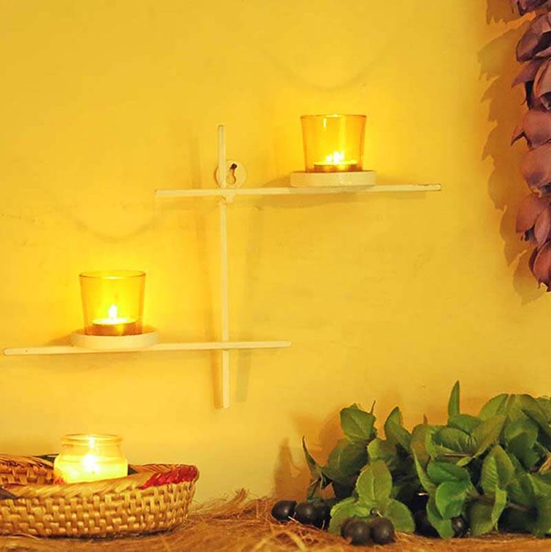 White Scorching Ladder With Pair Of Votive Yellow