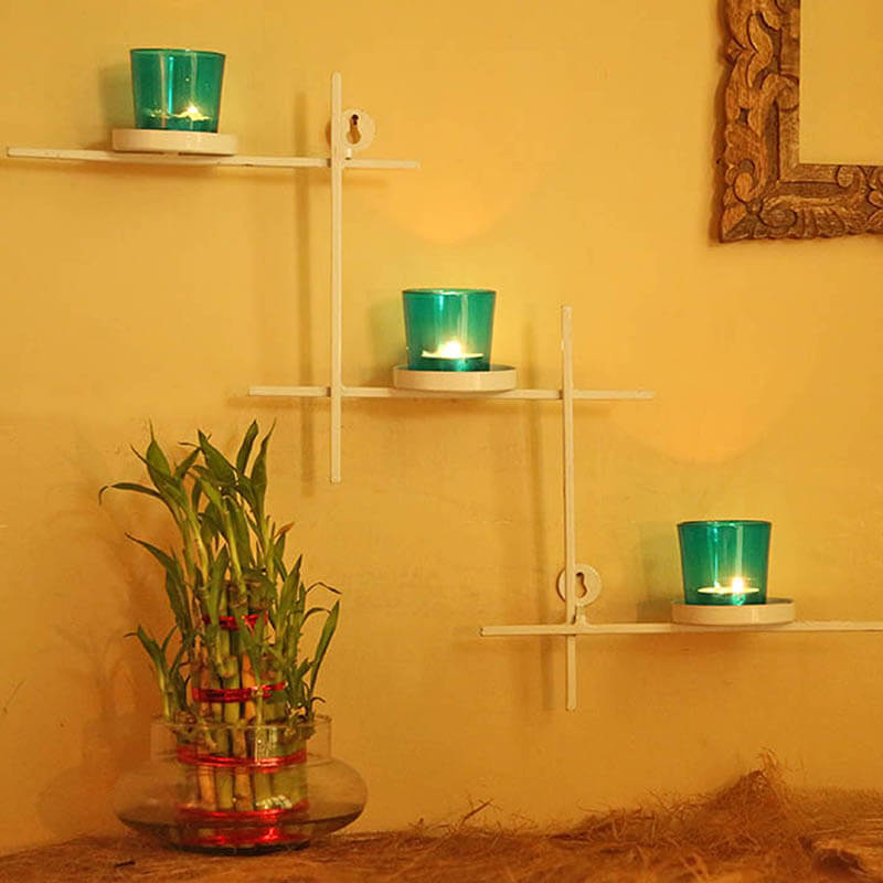 White Scorching Ladder With Three Votive Turquoise