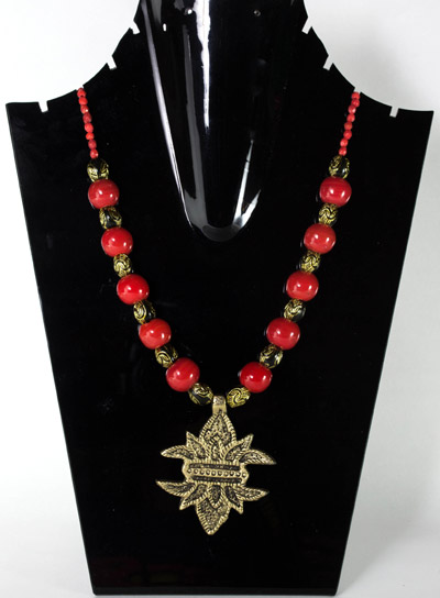 Cardinal Red with Antique Pepper-Flower Pendant Necklet
