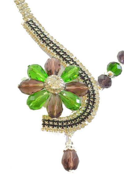 Dazzling Crystal copper green colourFlower shaped set with earrings