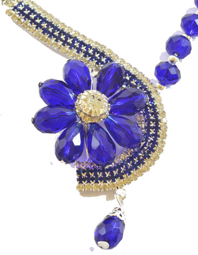 Dazzling Crystal Blue Colour Flower shaped set with earrings