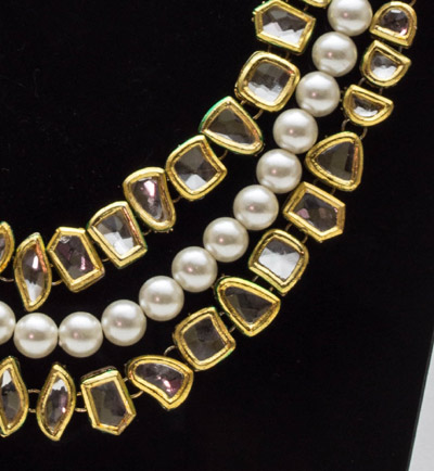 Regal Kundan Pearl Necklace