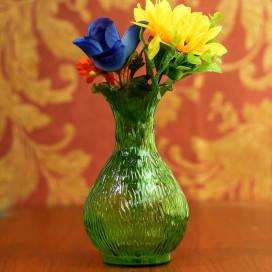 Lush Luster Ribbed Flower Vase