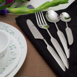 Premium Stainless Steel - Elegant Flatware 16 Pieces French Half-Wing Cutlery Set