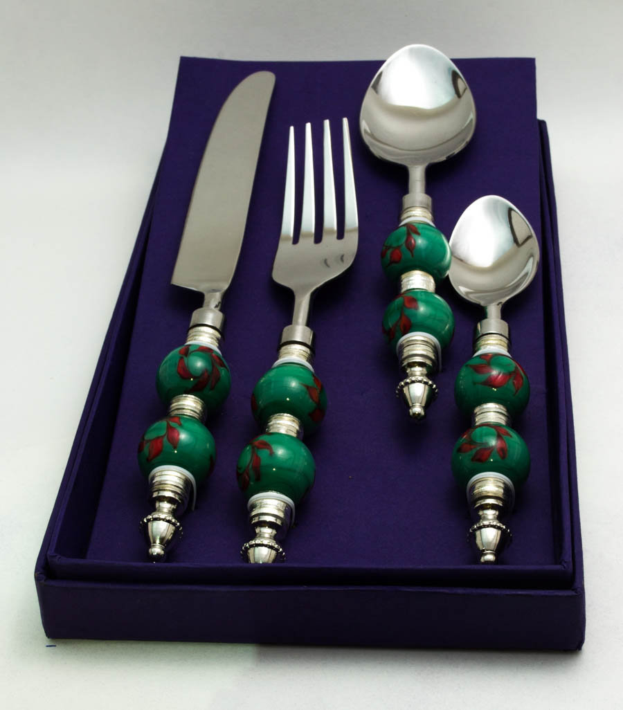 Royal Green-Red Climber Cutlery set (16 pcs)