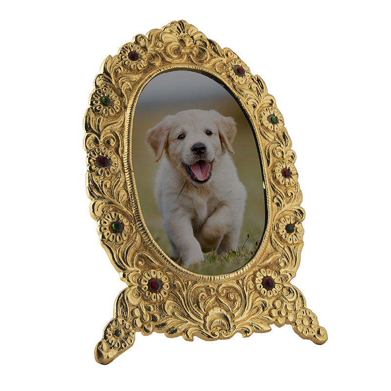 Ornate Metal Oval Golden Photo Frame