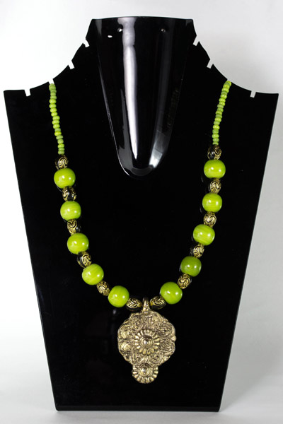 Apple Green with Antique Drop Delight Pendant Necklet